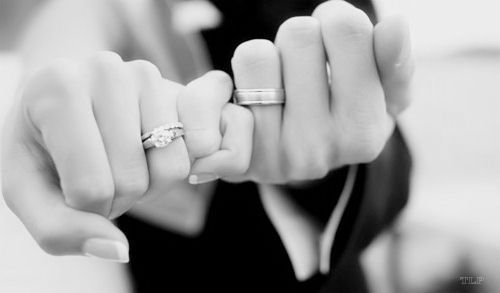 pinky promise hands of bride and groom with wedding rings on engagement photography Via http://iwillmarryu.tumblr.com/post/27690711716