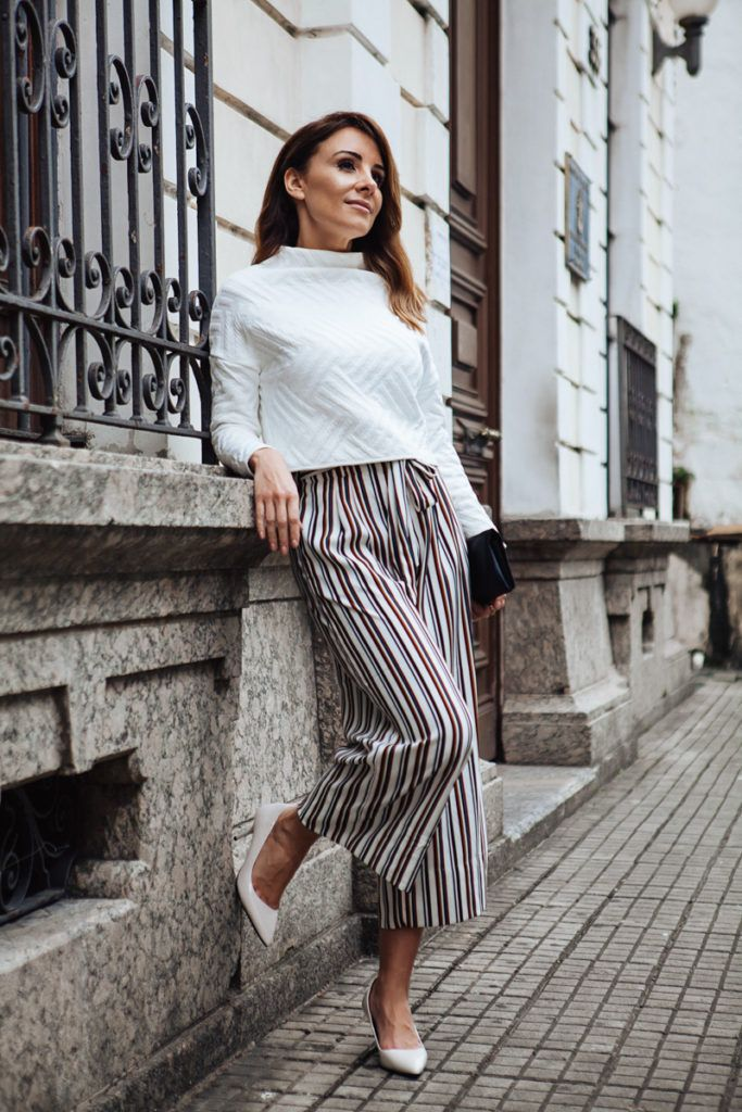Pin striped pants | For more style inspiration visit 40plusstyle.com