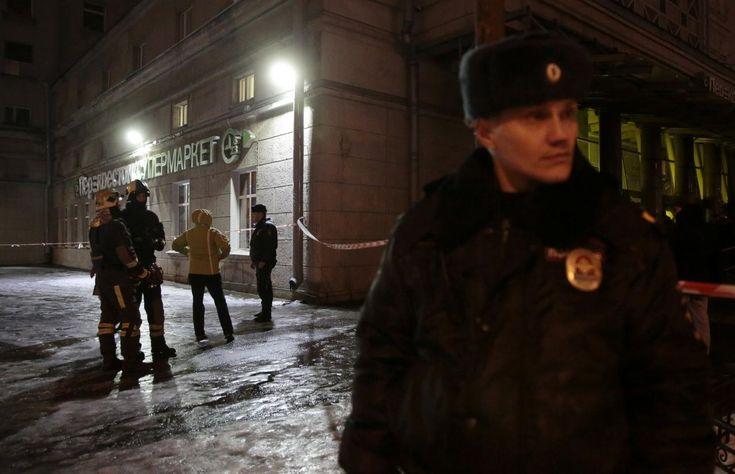 Blast rips through supermarket in Russia's St Petersburg, 10 hurt https://www.biphoo.com/bipnews/world-news/blast-rips-supermarket-russias-st-petersburg-10-hurt.html Blast rips through supermarket in Russia's St Petersburg 10 hurt, bombing, CIS Countries, crime, Europe, General news, Justice, Russia https://www.biphoo.com/bipnews/wp-content/uploads/2017/12/Blast-rips-through-supermarket-in-Russias-St-Petersburg-10-hurt.jpg