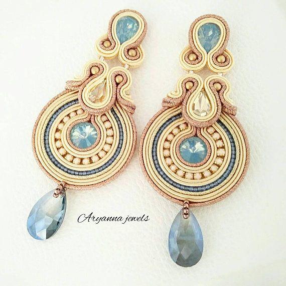 Soutache earring Etsy su https://www.etsy.com/it/listing/532654566/orecchini-in-soutache-spring