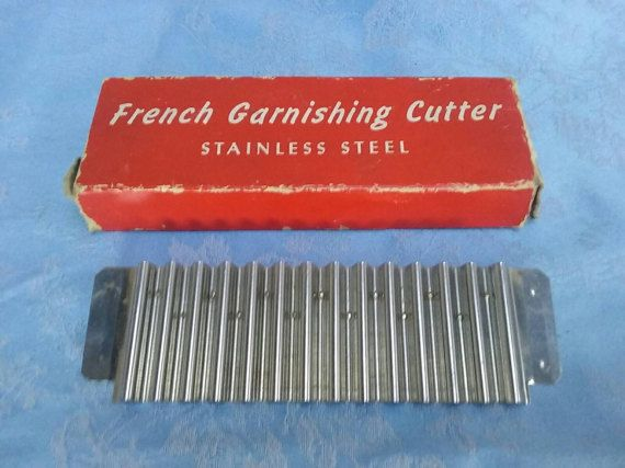 Check out this item in my Etsy shop https://www.etsy.com/au/listing/500996520/vintage-french-garnishing-cutter