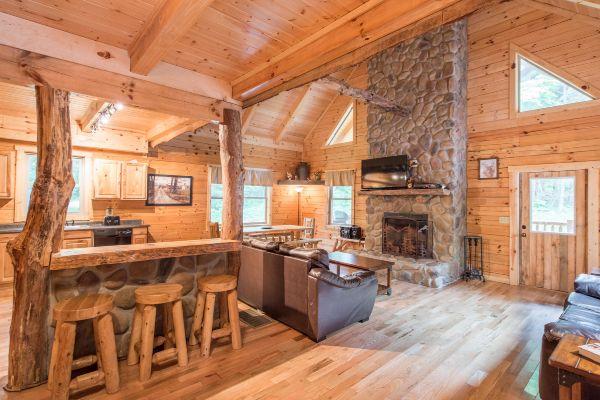 28 best ohio cabins images on pinterest columbus ohio for Little pine cabin hocking hills