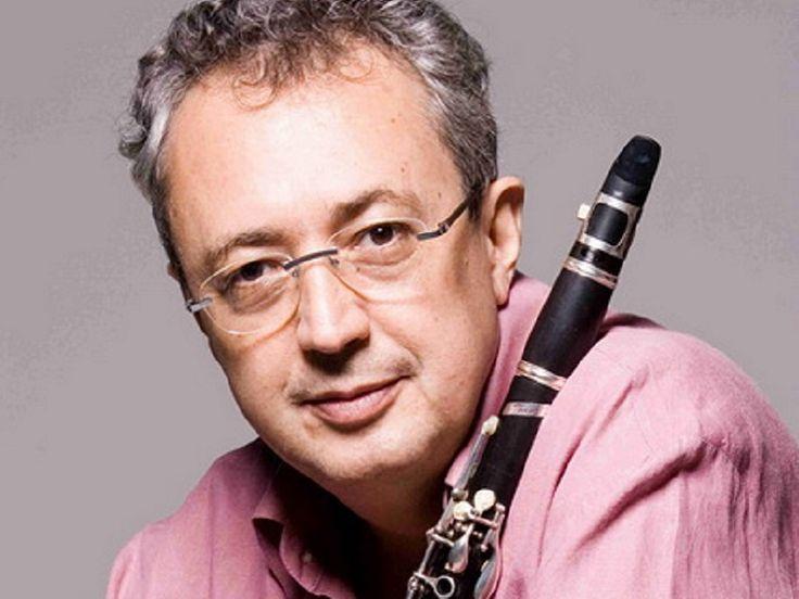 O clarinetista Paulo Sérgio Santos realiza show solo na Caixa Cultural na terça-feira, dia 5 de agosto.