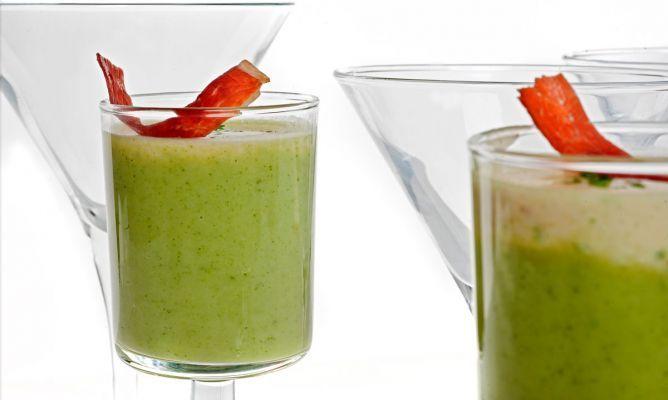 Receta de Chupitos de brócoli y camembert - Bruno Oteiza