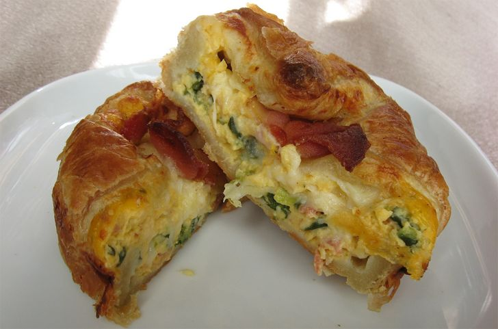 Panera Bread Spinach & Bacon Baked Egg Souffle Recipe. Ingredients: 4 slices bacon, cooked, 5 large eggs, 6 ounces (about 1½ cups) shredded medium...