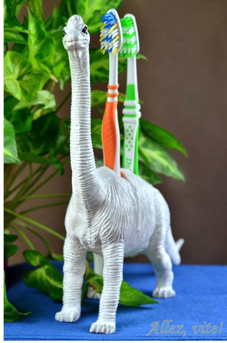 Allez, vite!: Die Dinosaurier sind los - How to make a fancy tooth brush holder for kids! So easy and so lovely!!