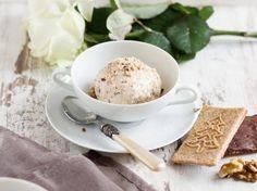 DIY-Anleitung: Spekulatius-Eis ohne Eismaschine selber machen / free christmas recipe: make iceream with dutch almond biscuit taste via DaWanda.com