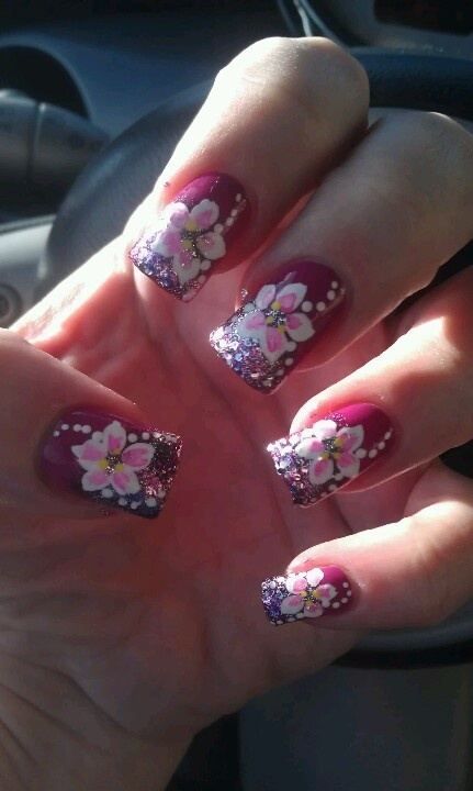 Hawaiian flower nail art | Nail Art | Pinterest