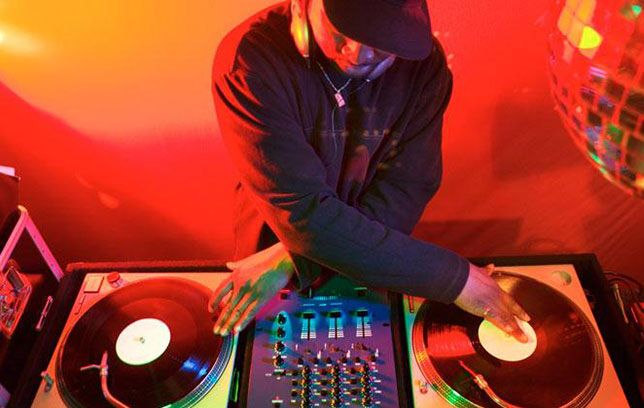 1. Click The Link www.thedjlink.co.uk 2. Tell Us About Your #DJ Requirements And The #Event 3. We Will Find You A DJ You Need  #TheDJLink Is The Hassle Free DJ Hire Agency  #LiveMusic #Party #Rap #HipHop #Pop #Indie #RnB #Bashment #Garage #HouseMusic #Afrobeats #Afrobeats #JPop #KPop #Bhangra #Dancehall #Dub #Disco #Dubstep #Techno #Trance #UKG #Grime #Trap #Jazz #Rock