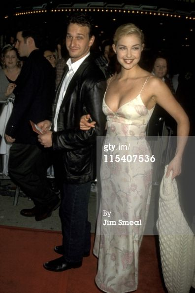 Josh Charles and Ashley Judd