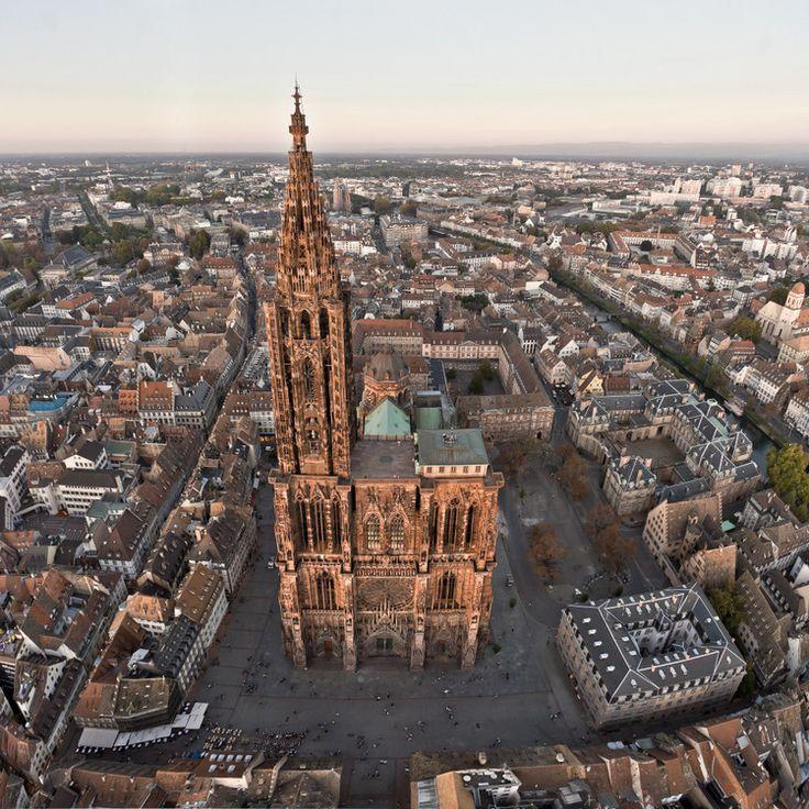 Place de la Cathédrale, Strasbourg.