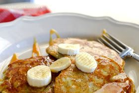 Be Different...Act Normal: 2 Ingredient Pancakes [Healthy Breakfast]