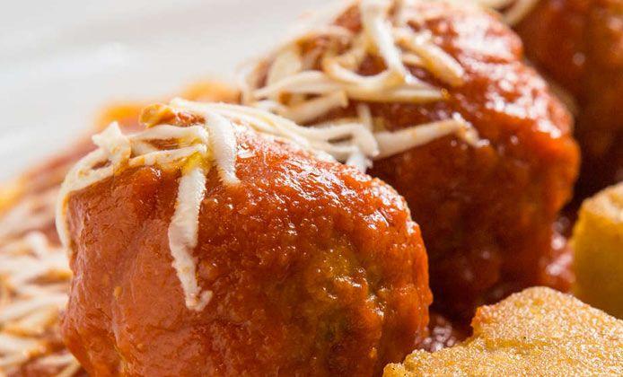 Polpette al sugo alla romana: la ricetta di Roscioli