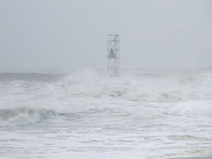 Rough seas - Avon, NJ