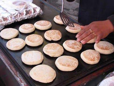 México es un país lleno tradiciones, costumbres, de sabores y olores, estoy orgullosa de ser mexicana eso ni duda cabe, la gastronomía es e...