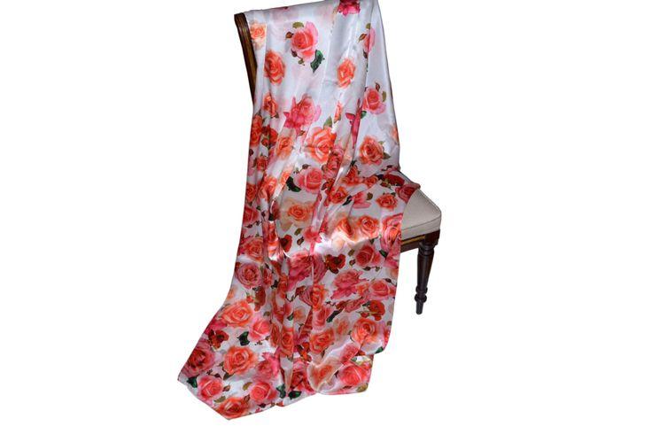 #stola in raso di #seta , 180 x 160 cm , alta qualità sia di stampa che tessuto, ottima per una cerimonia od una serata importante , scopri altri colori