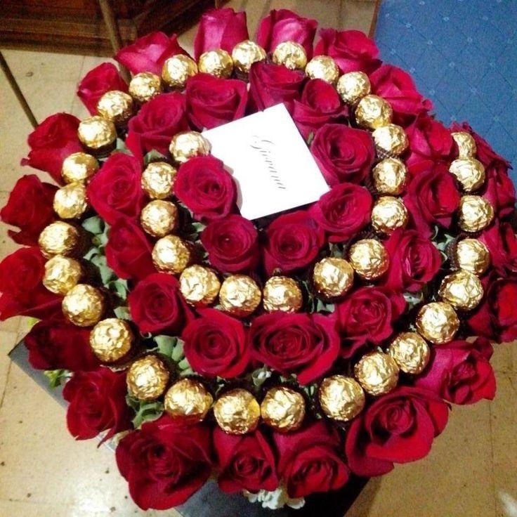 Розы интересные букет из конфет