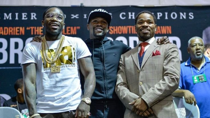 Tweet ADRIEN BRONER RESPONDS TO FLOYD MAYWEATHER WALMART CRITICISM Las Vegas, NV (March 23rd, 2016)– Floyd Mayweather had some strong criticism for Adrien Broner's video of throwing his change in Walmart a few weeks ago.  Here is what Mayweather had to say in the FightHype.com interview. In the video below, Broner responded.   CHECK OUT OUR …