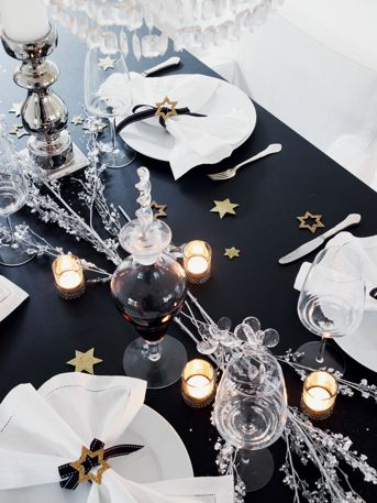 Need a special table for the Army star cakes and cookies