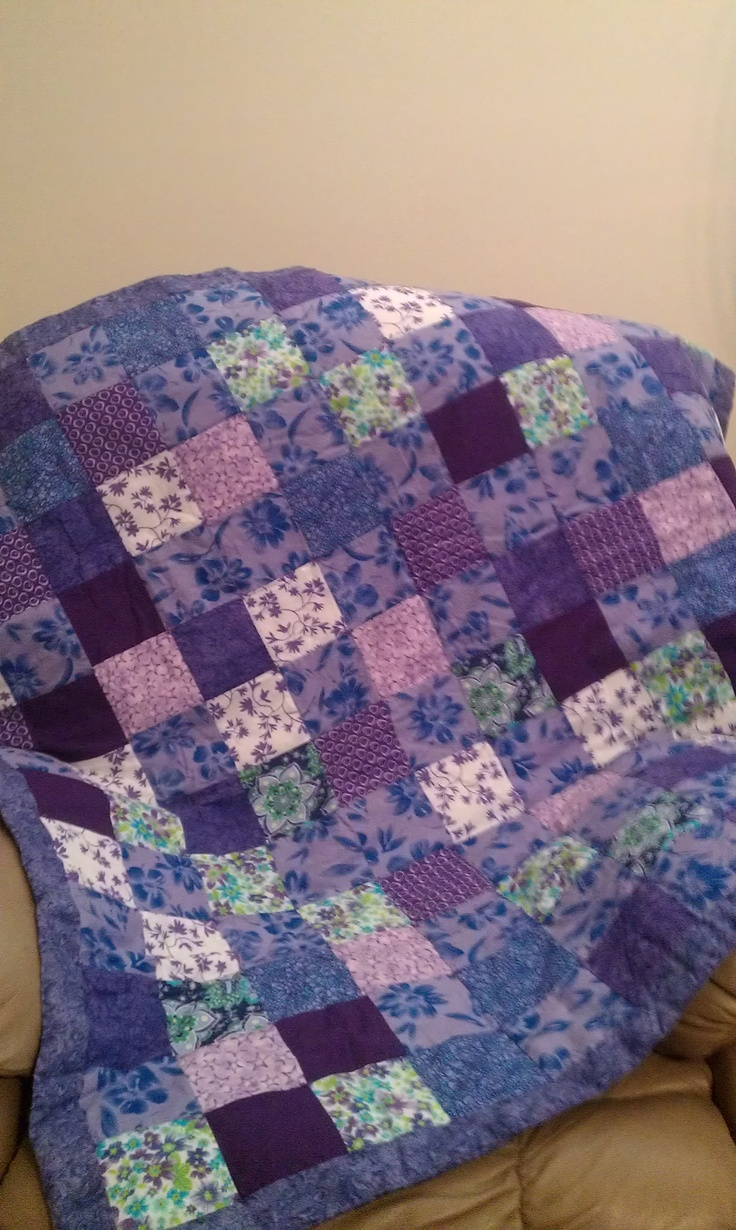 Purple Quilt   love love love - so apparently I like monochrome and analagous quilts . who would have guessed.