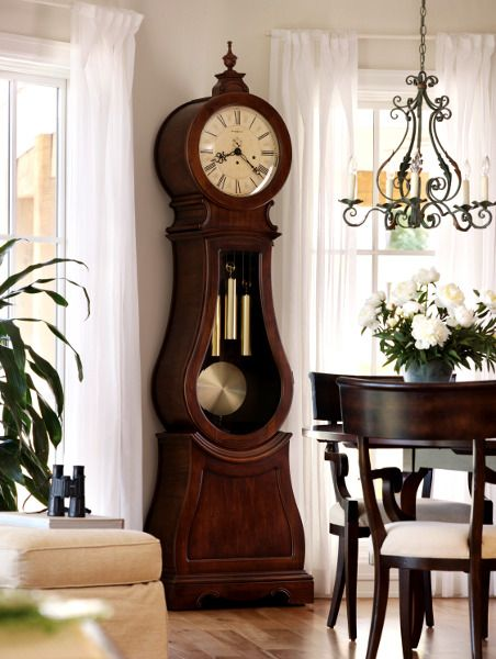 Фото: Напольные часы в интерьере (Фото)