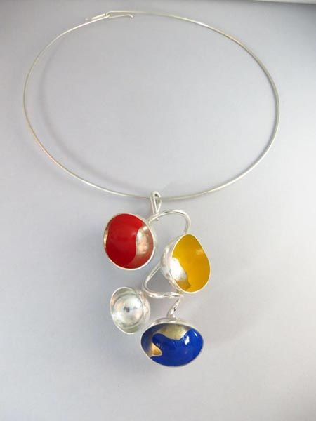 Eila Minkkinen Necklace, serie: Seasons, Summer plays,silver, enamel paint, 2013