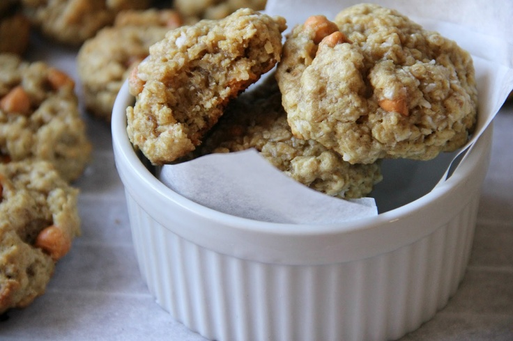 My Happy Place...: Coconut Oatmeal Scotchies