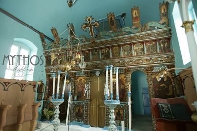 An old orthodox church - traditional greek marriage #orhodoxweddings #greekoldchurches #marriedingreece
