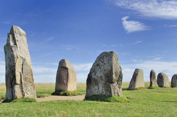 Ales stenar - An ancient megalithic structure shaped like a ship in Sweden seems to have a similar geometry to Stonehenge, and may have been used as an astronomical calendar, one scientist says.