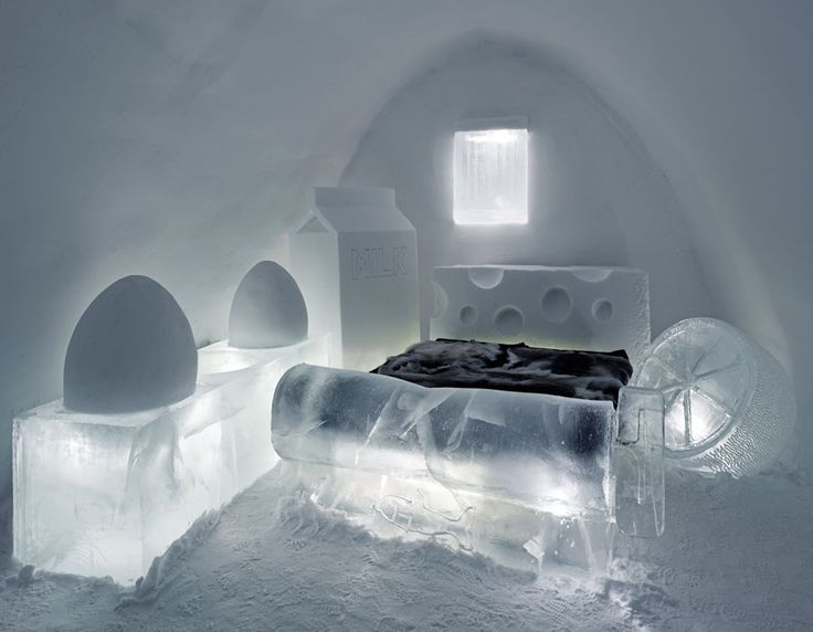 It would be somewhat oxymoronic have a warm night sleep in a bed made of ice, in a room made of ice, all part of cool beautiful bedroom designs. Nonetheless, you will have to try it, to get this amazing experience.
