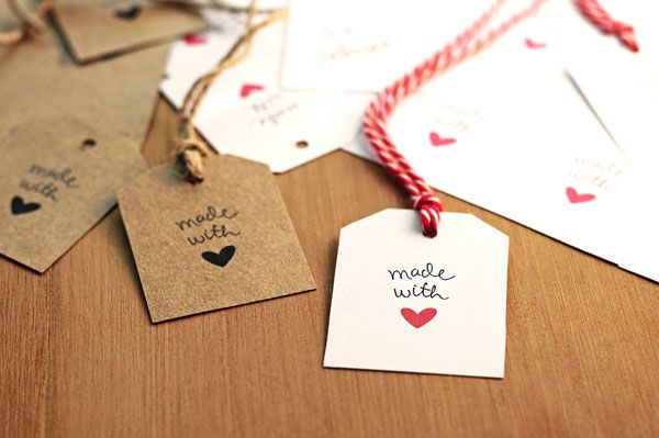 Free Made With Love Gift Tags | http://shewearsmanyhats.com/free-made-with-love-gift-tags/