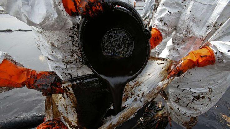 Greenpeace, de son côté, estime que le golfe de Thaïlande a été victime de plus de 200 déversements de pétrole en 30 ans. L'organisation parle d'une «énorme fuite»