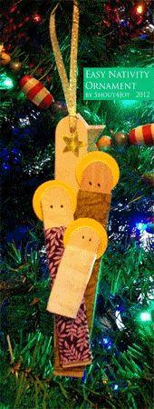 Pesebre colgante con palitos de helado » http://manualidadesnavidad.org/pesebre-colgante-con-palitos-de-helado/ #Manualidades #Navidad