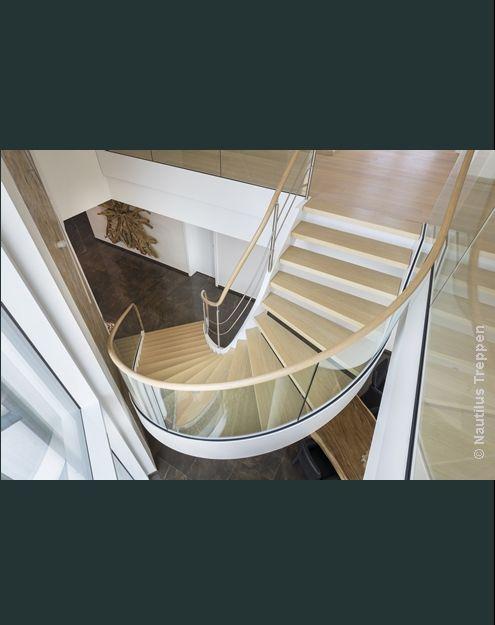 die besten 25 wendeltreppe ideen auf pinterest wendeltreppe innen wendeltreppen und treppen. Black Bedroom Furniture Sets. Home Design Ideas