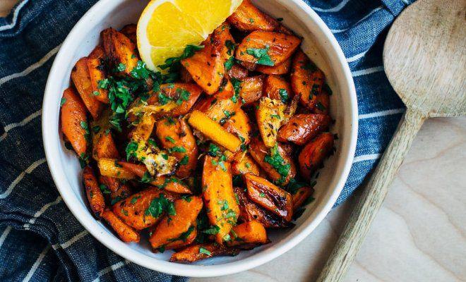 Добавьте к любимым блюдам этот необычный яркий гарнир! Жареная морковь с апельсином