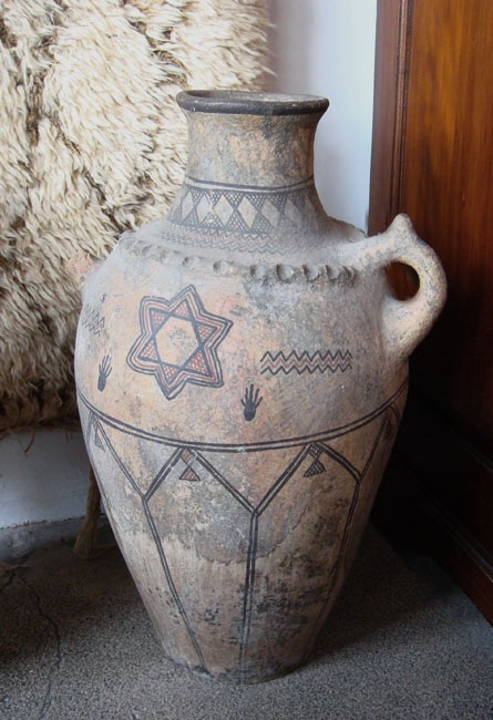 Tribal Pottery Collector S Piece Handmade By The Berber Tribes Of Morocco Tattoo With Henna