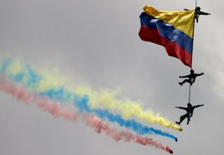 TECNOLOGIA: Imponente desfile militar