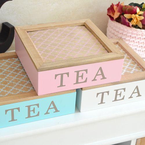 Cajas para guardar las infusiones y el té realizadas en madera y pintadas de color blanco, mint o rosa. www.honeypoppies.com