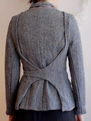 Very interesting wool jacket Vonny by Hannoh. Strap turns into thin leather belt in front. From 2010. As far as I can tell the company is now defunct : (