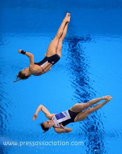 Great Britain's Rebecca Gallantree (bottom) and Alicia Blagg via http://newsmix.me