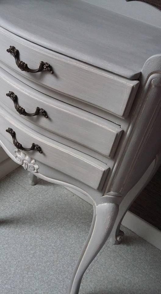Les 17 meilleures id es de la cat gorie chaise louis for Peinture patine pour meuble