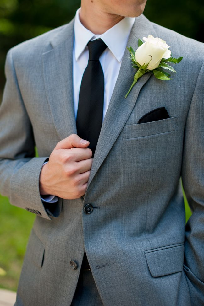 Handsome groom. http://fabyoubliss.com