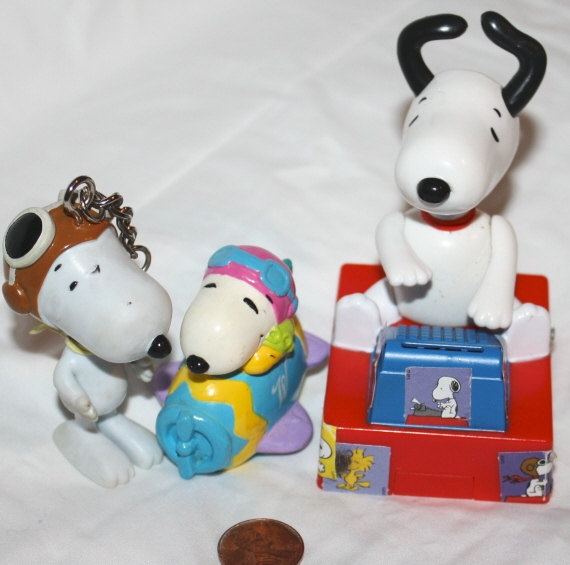 RESERVED for CasseNoisette  SNOOPY Toy and Figure Lot by Pooyabee, $8.65