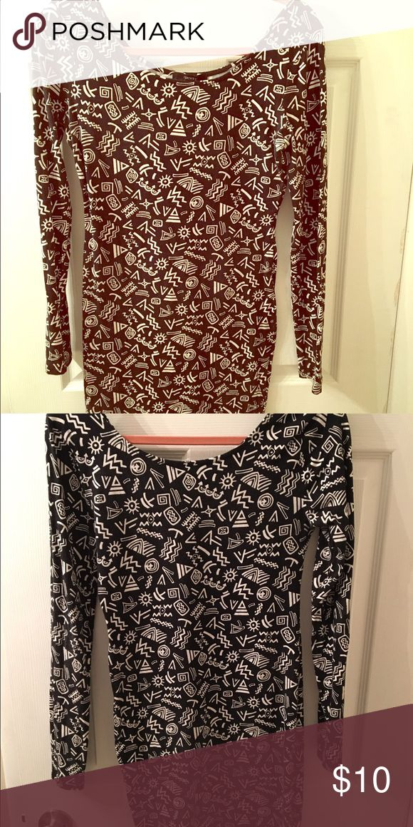 Forever 21   Fun Pattern Bodycon Dress Black and white Bodycon dress with full long sleeves. Love this dress but never wear it anymore. In excellent condition. Forever 21 Dresses Mini