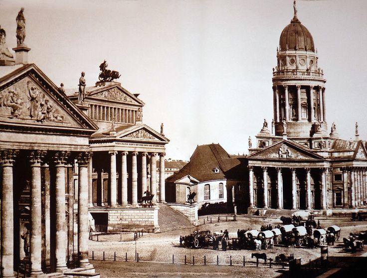 Der Gendarmenmarkt im Jahr 1857!!