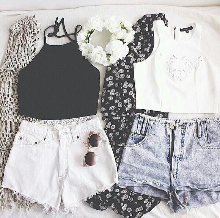 Crop top, high waisted shorts, and patterned kimonos