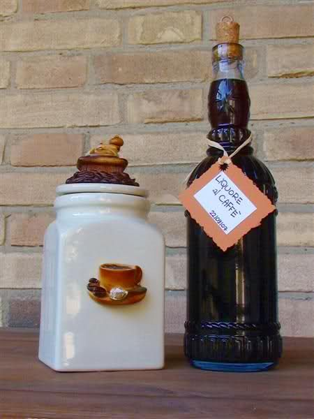 diversi liquori casalinghi