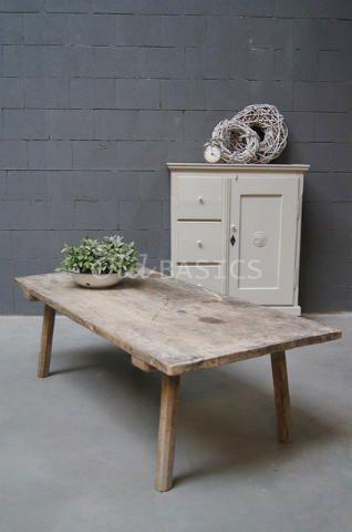 Salontafel 20006 - Stoere oude houten slagerstafel met een prachtig geleefd blad.