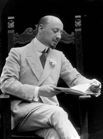 Gabriele d'Annunzio (poet and writer) by Mario Nunes Vais