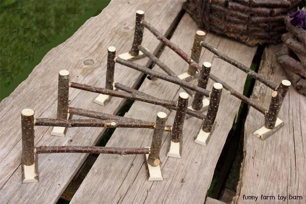 Fechtset von 5 Spielzeug Zaun Stücke Scheune Tier natürlichen hölzernen Zweig Rinde Waldorf -…